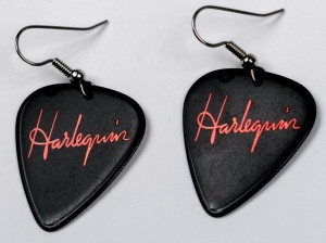 Earrings-black-1000